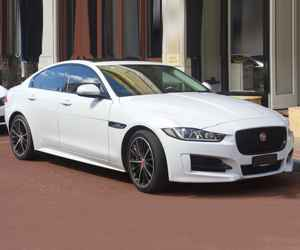 Reconditioned Jaguar XE Engine