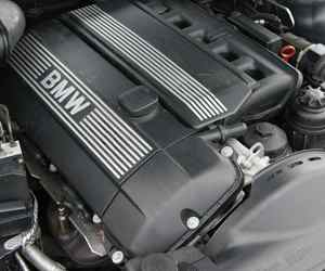 Second hand BMW 320i Engine