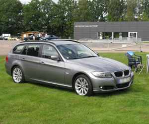 Used BMW 318D Engine
